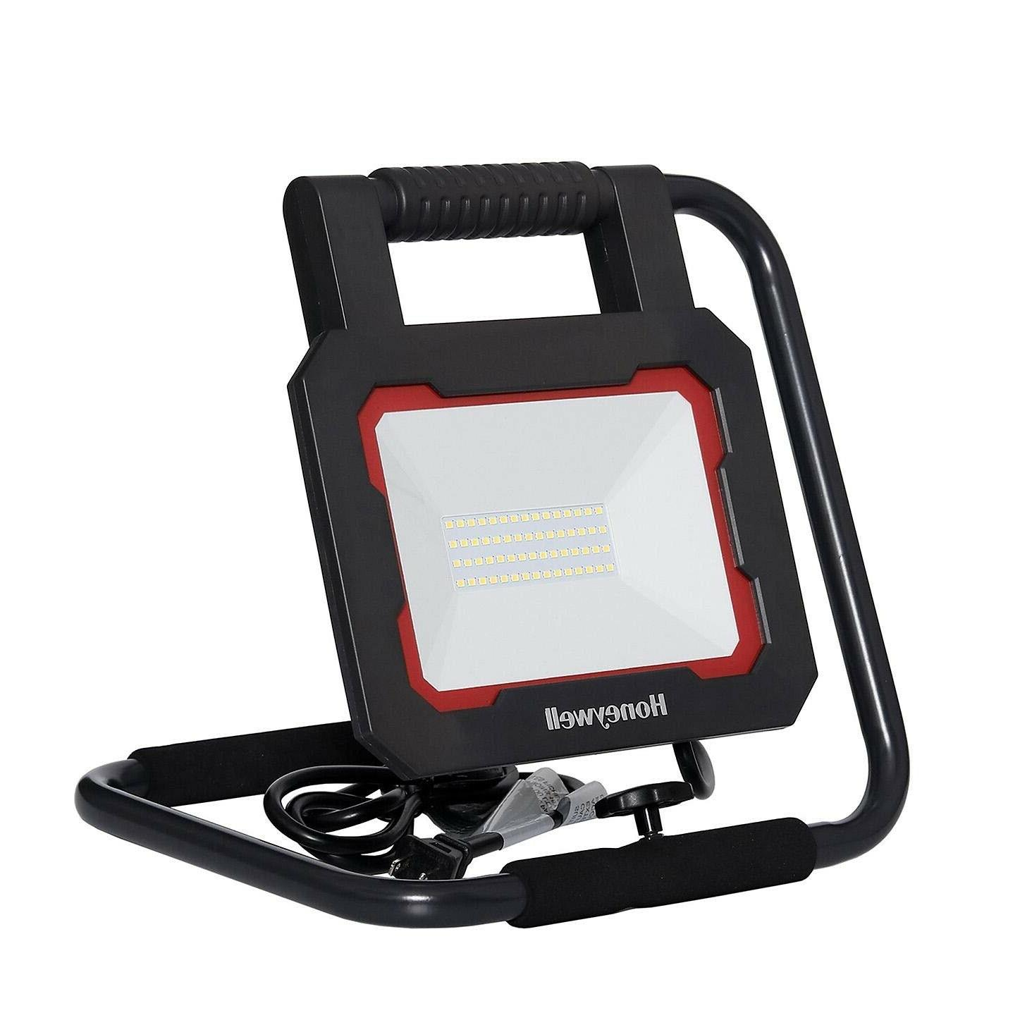 2 3000 Lumen Collapsible Light with Head